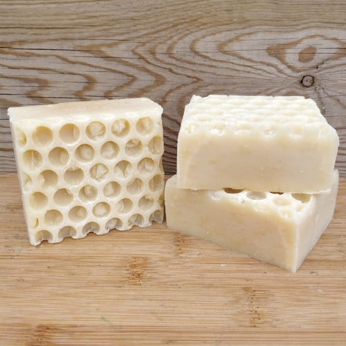 Beeswax & Honeycomb Bar