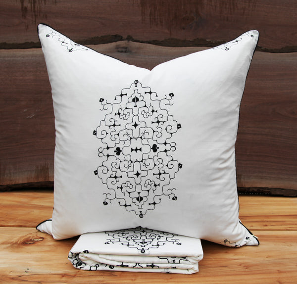 Haru<br> Colour Ebony<br>Pillow Sham