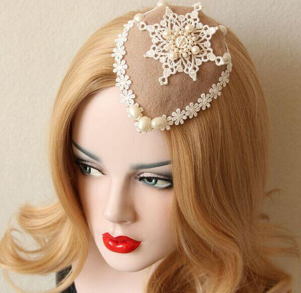 Fashion velvet and vintage lace fascinator