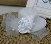 Feather and Flower Fascinator white - Go Steampunk