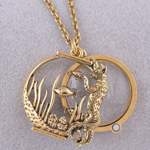Ocean Animal style magnifier glass pendant