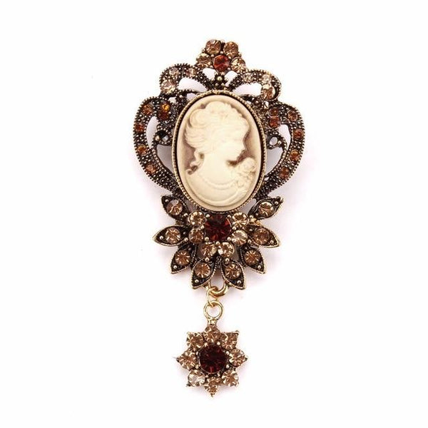 Vintage Crystal and Cameo Brooch Antique Gold Plated - Go Steampunk