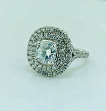 Load image into Gallery viewer, Custom made Diamond Halo 18Kt. ring with Lab Grown Center