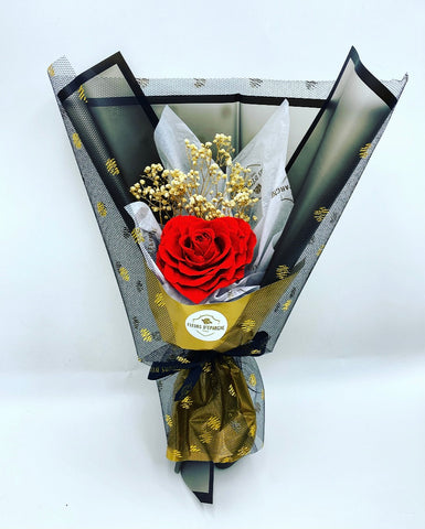Single Jumbo Bouquet with Heart Rose
