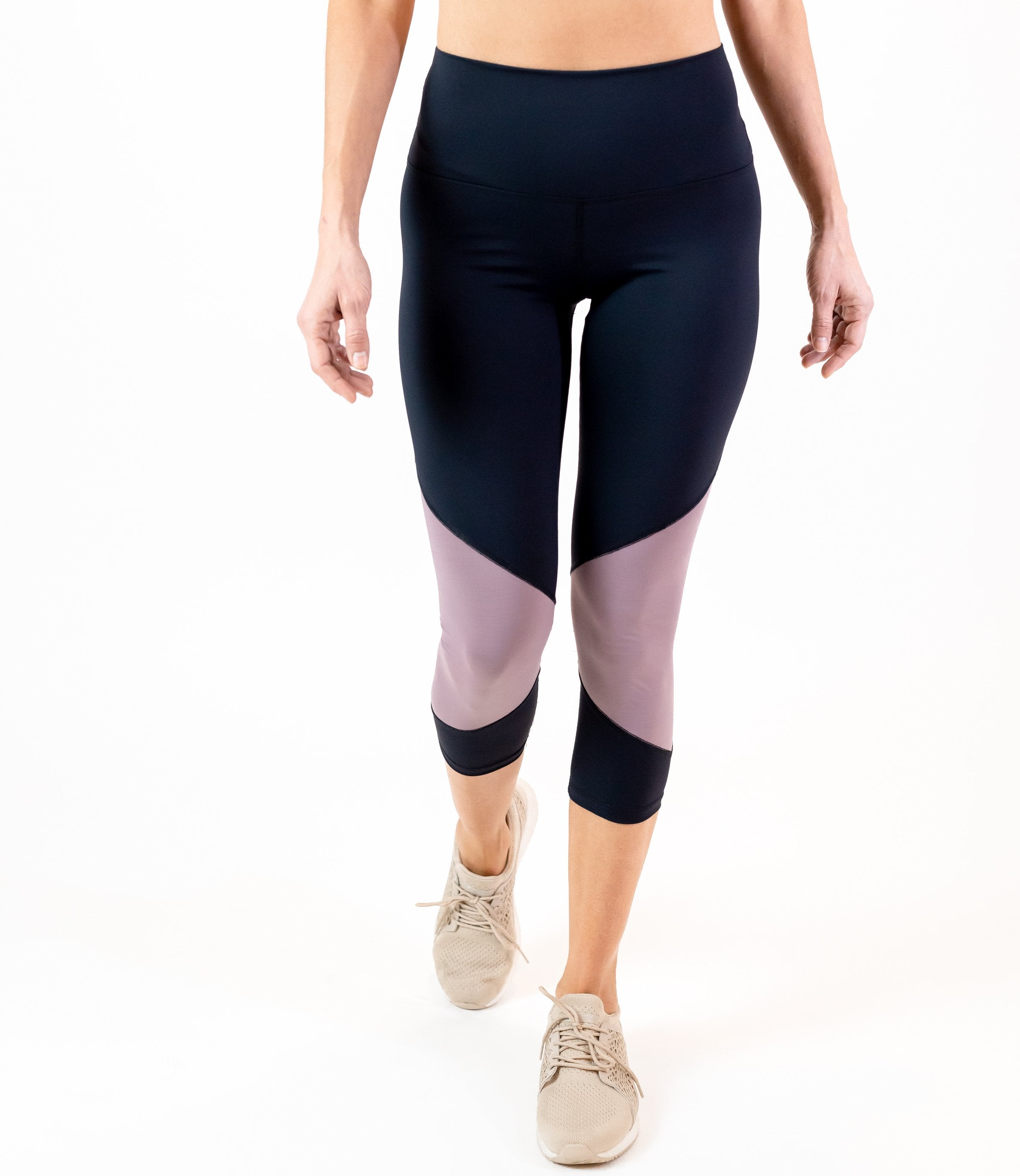 In Motion Legging (W) - Dusted Pink