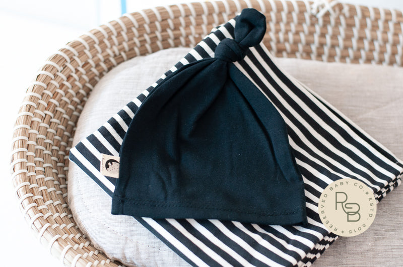 BLANKET + HAT SET - STRIPED BLACK