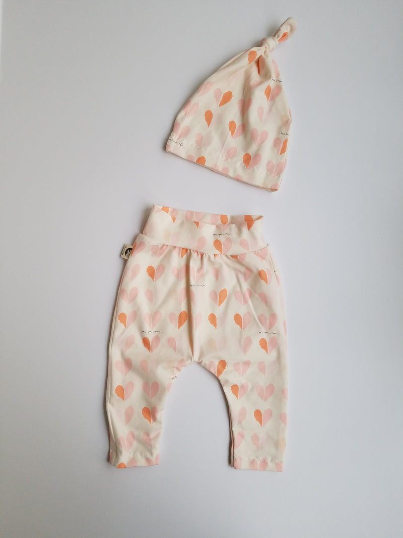 LEGGING + HAT SET - PINK HEARTS