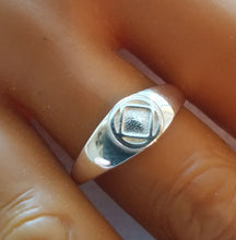 ring10, Small Solid Service Symbol Ring