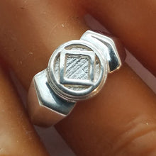ring05, Med Art Deco Service Symbol Ring