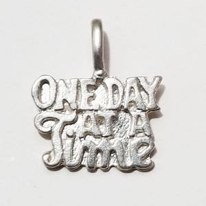 ster004 - Silver One Day At A Time Pendant / Charm - CLEARANCE