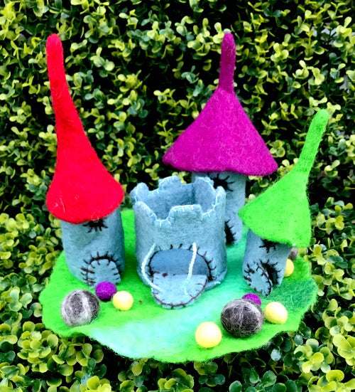The Tiny Dragon Castle