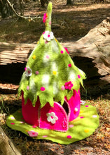 Super Wonder faery home/Pink green