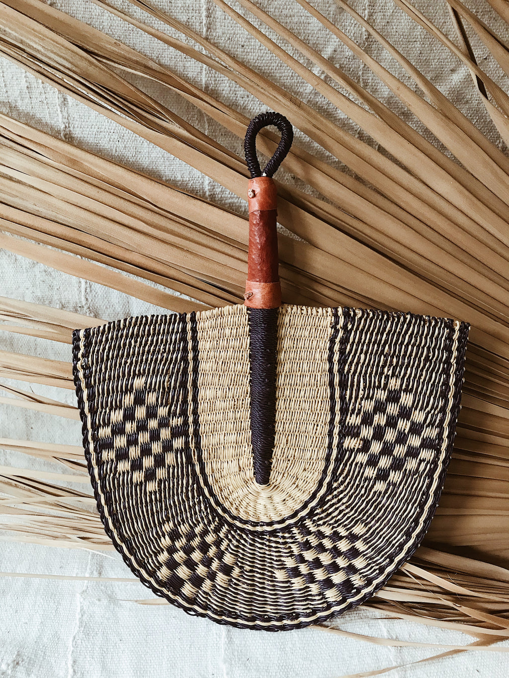 Savanna Wicker Fan // Natural + Navy #1