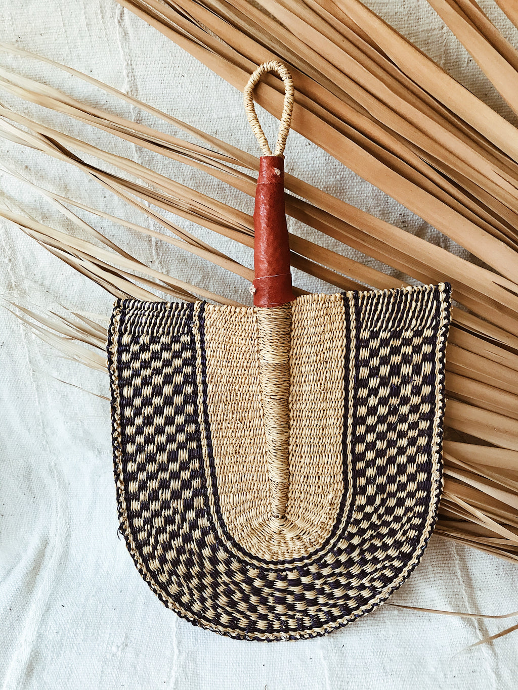 Savanna Wicker Fan // Natural + Navy #13