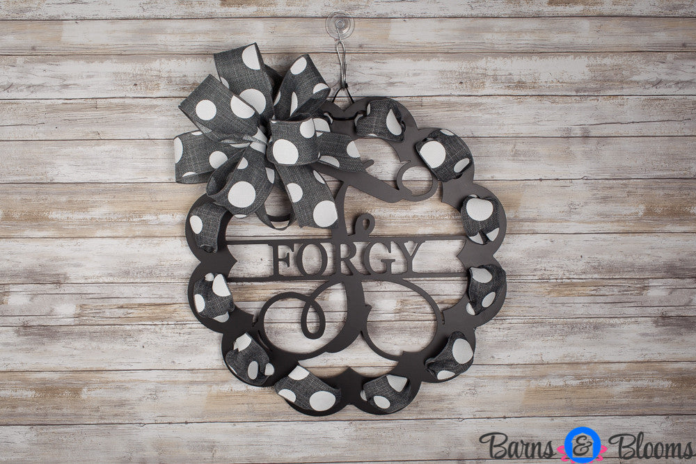 Scalloped Monogram Door Hanger with Bow and Family Name