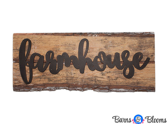 Farmhouse on Weathered Wood Light