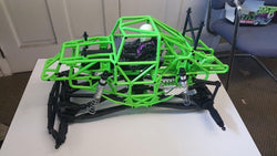 AXIAL GRAVE DIGGER COMPLETE ROLLING CHASSIS, THIS MAKES FOR A GREAT TRUCK, WITH ALOT OF STYLE AND PERFORMANCE