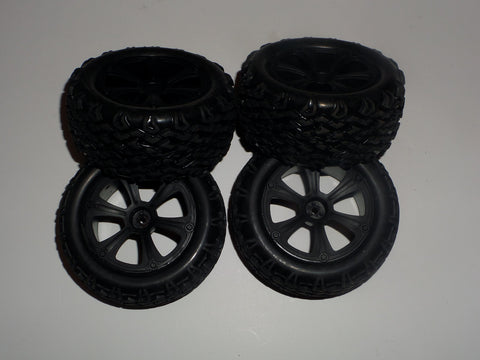 Redcat Racing Blackout XBE Pro Buggy Tires and Wheels (4)