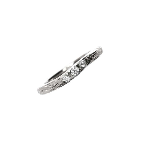 Calm Wave Ring White Gold