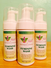100% Natural Foaming Feminine Wash - A pH Balanced Cleanser w/ Rose & Honeysuckle Extracts