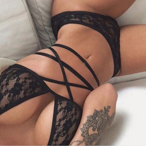 Black Criss Cross Lace Bra and Underwear Set - Avalon88