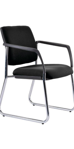 Lindis Visitor Chair (sled base)