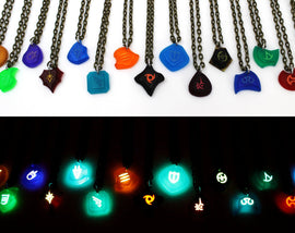 FFXIV Glow Job Stone Locket Style Charm Necklace- Final Fantasy XIV Soul Crystal Necklace FF14