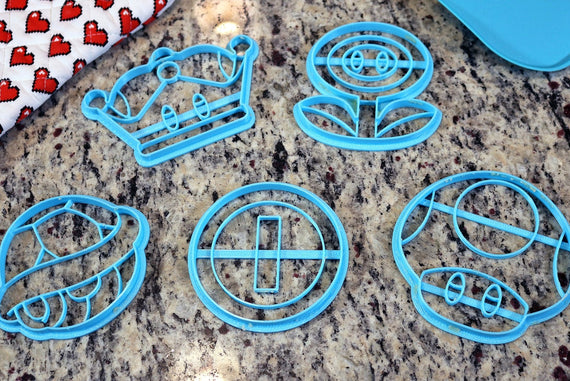 Mario Item Cookie Cutters - Super Mushroom, Fire Flower, Coin, Shell, Super Crown - Super Mario Bros / Nintendo Gift - LootCaveCo