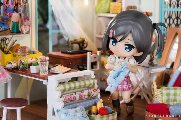 When Robotime's dollhouses meet Nendoroids and Cupoches