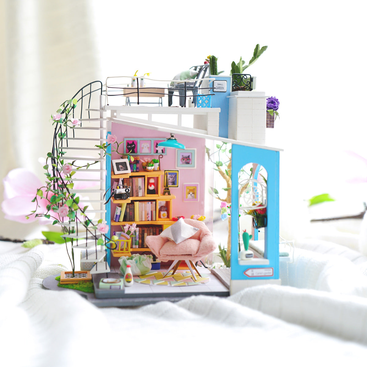 Robotime loft DIY miniature dollhouse