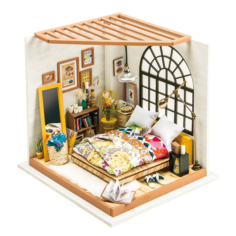 Alice's Dreamy Bedroom DG107 DIY Dollhouse Kit