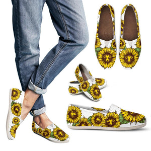 Sun flowers with cows - Women's casual shoes