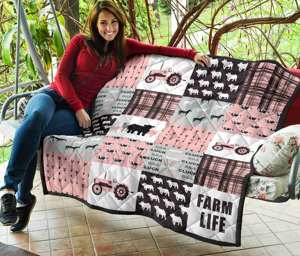 Farm life - Quilt - Pink