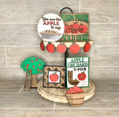Apple Pie Tiered Tray Set