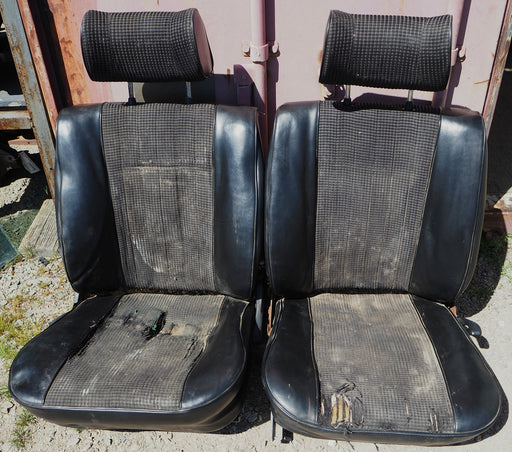 Used BMW Front Seat Set E10 2002 Black S2741