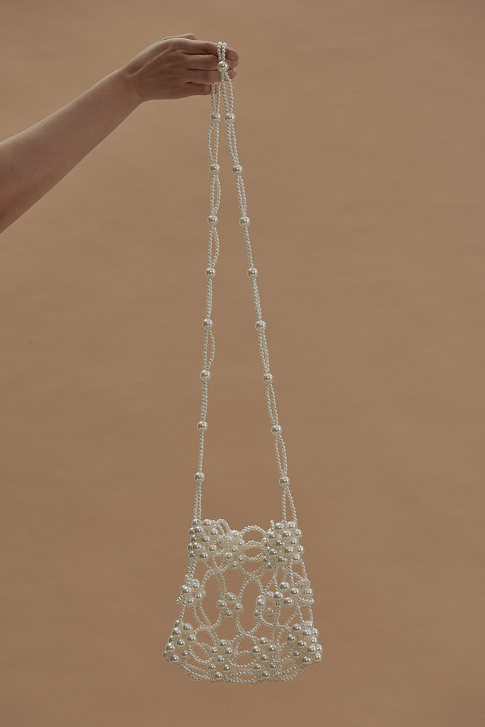 Pearl Embellished Shoulder Bag-White