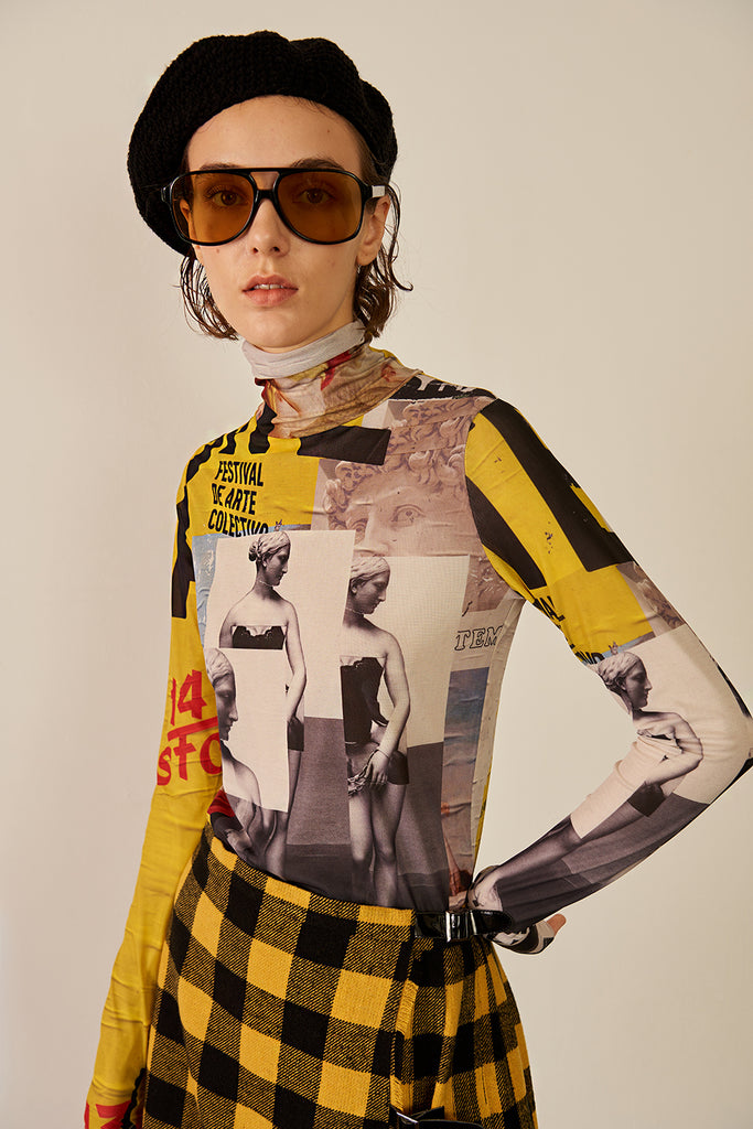 Poster Print Turtleneck Stretch T-shirt