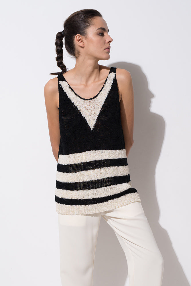 Black and White Knitted Vest - front row shop