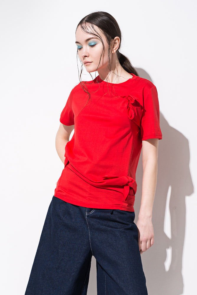 Red Knot Detail T-Shirt - front row shop