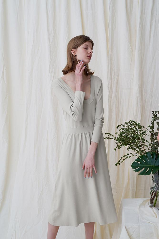 Knit Dress - front row shop
