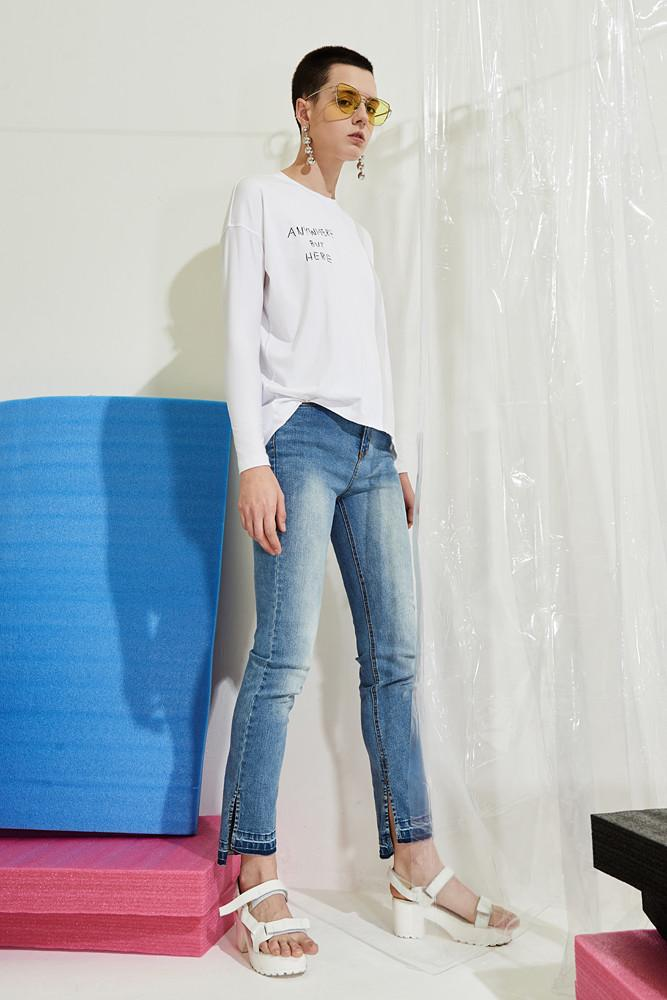 Mid-rise Jeans-FRONT ROW SHOP