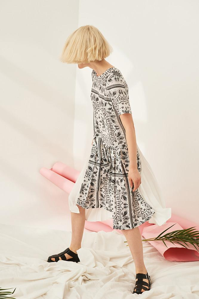 Paisley Print Pleated Dress - front row shop