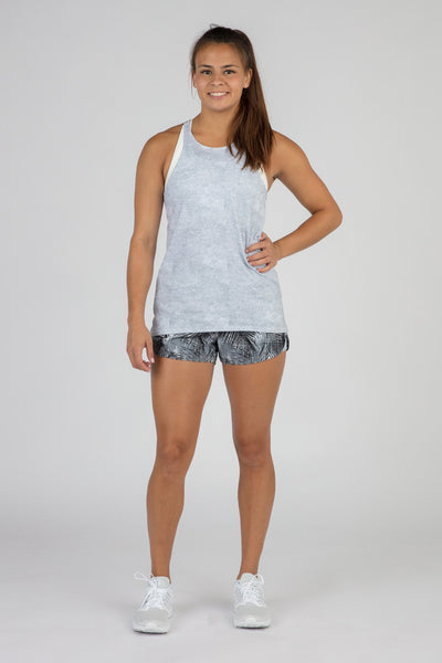 WOMEN'S HYPERSOFT TWISTY BACK RUNNING TOPS- CURRENT SILVER