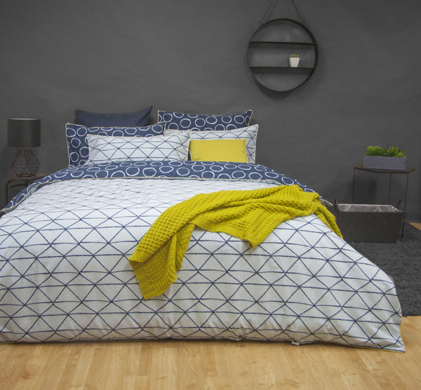 LUCA NAVY 100% COTTON REVERSIBLE QUILT COVER SET