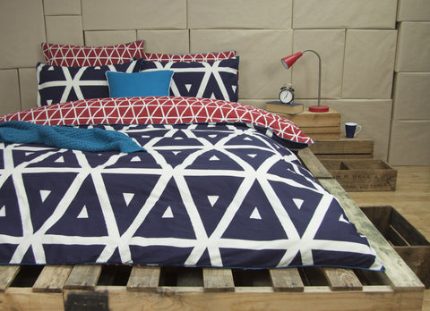 CORONOMBIE - NAVY REVERSIBLE QUILT COVER SET BY ARDOR