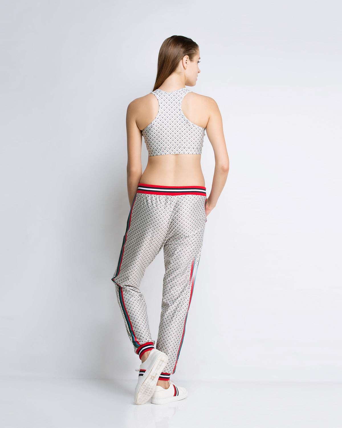Aubriella Printed sports bra, bomber with joggers