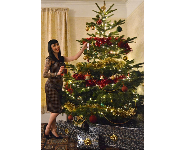 Christmas with Betty – 1950's glamour