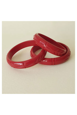 Elsie Carved Fakelite Bangle Cherry Red  | 1940s & 1950s Style | Weekend Doll