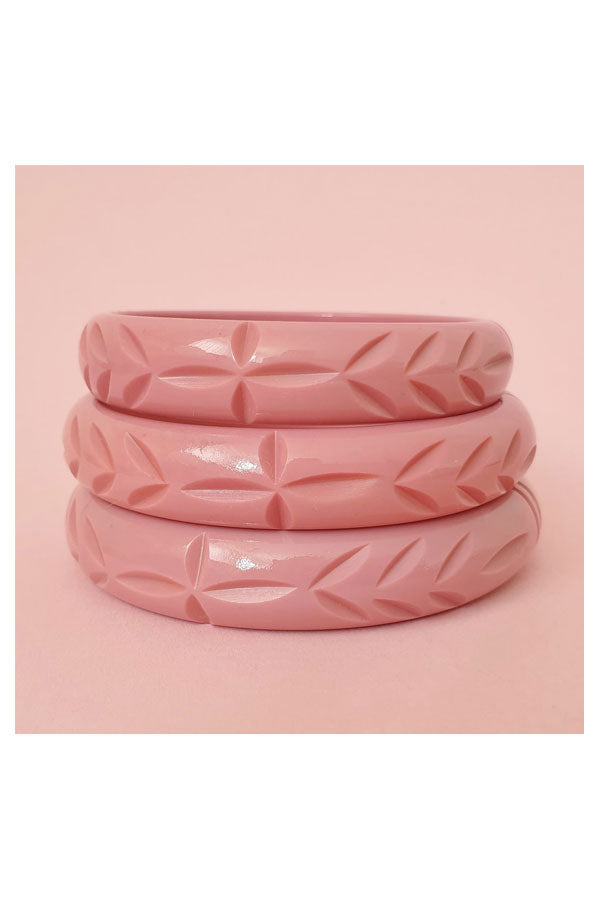 Elsie Carved Fakelite Bangle Dusty Pink  | 1940s & 1950s Style | Weekend Doll