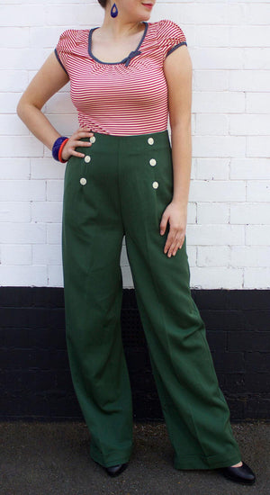 Vintage inspired high waisted forest green wide leg trousers | 1940s style